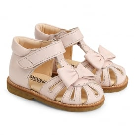Closed Toe Sandal