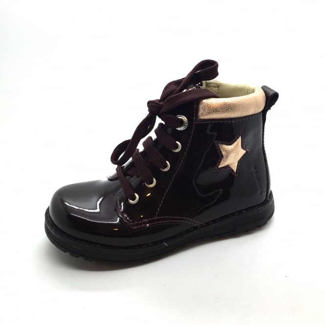 PRIMIGI Short Boot with star detail